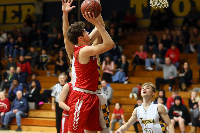 Ben Kloskey led the team with 13 points.
