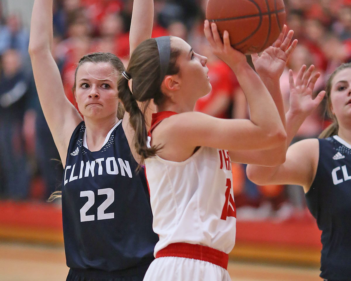 Kacie Carollo added 19 points for the Whippets.