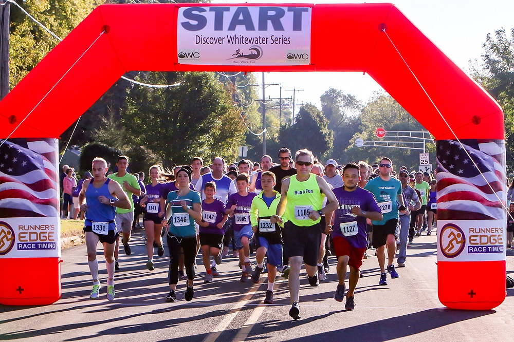 The start of the 5K race with WUSD School District Administrator Mark Elworthy leading the runners.