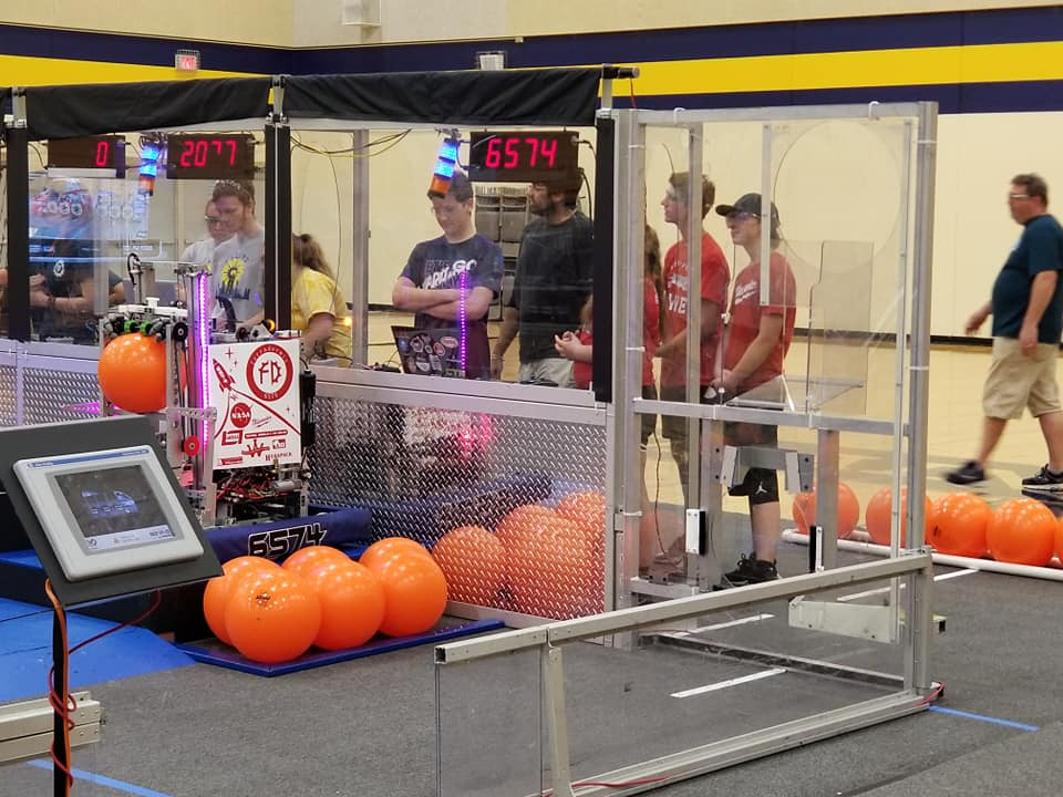 The off-season competition gave students a chance to rotate through the drive team positions.