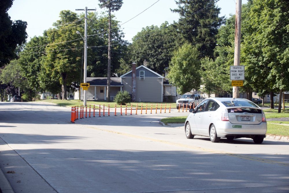 Change traffic pattern - heading south intersection Franklin Street and Janesville Street