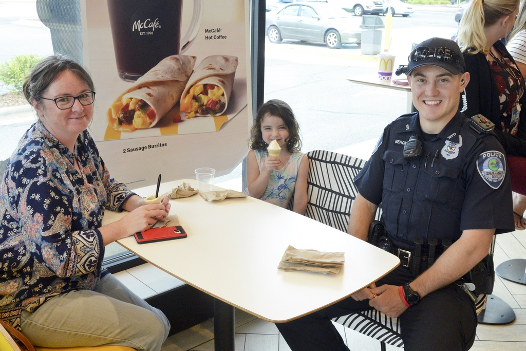 Cone with a Cop 8-22-19 #303 L = Kathie & Lawren Fleming & Officer Paxton Bergin (R6)