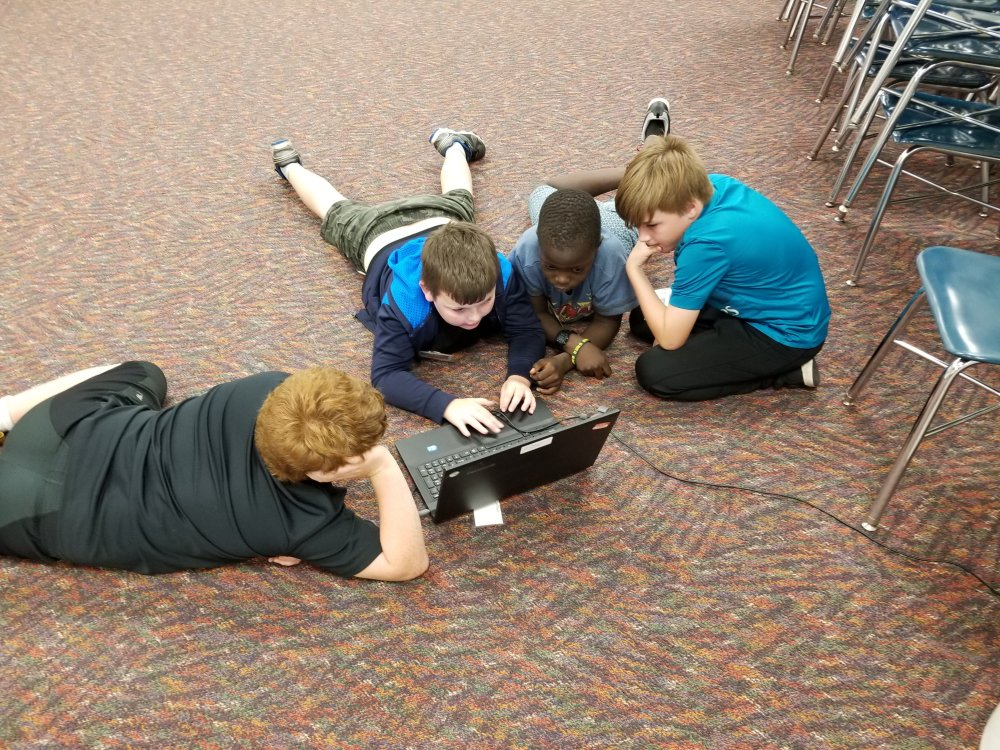 Elementary Students Learn to Program the LEGO EV3 Robot